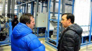 El ministro de Economía de la provincia, Ignacio Perincioli , quien recorrió semanas atrás la inconclusa Planta de Osmosis Inversa reiteró que la finalización de la obra se encarará con fondos del fideicomiso UNIRSE.
