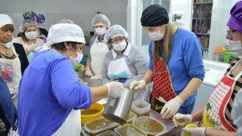 Elaboración de dulces es uno de los cursos que ofrece Comodoro Conocimiento.