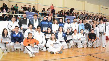 Unos 200 alumnos de todas las disciplinas formaron parte del encuentro de exhibición.