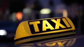 Taxista deberá indemnizar a pasajeras por protagonizar choque
