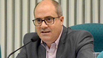 El diputado Javier Flores pidió a la jueza federal de Caleta Olivia, Marta Yáñez, que no se declare incompetente en la causa vinculada a un amparo por tarifazos de gas.