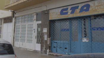 El domicilio donde se produjo la tragedia se encuentra al lado de la sede de la CTA.