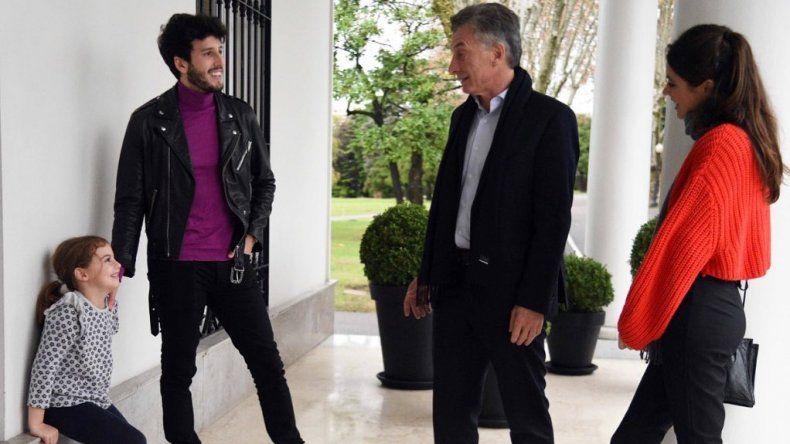 En medio de la crisis que atraviesa el país Macri tuvo un show privado de Yatra