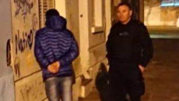 cayo preso hijo de mujer policia que robo arma a comisario
