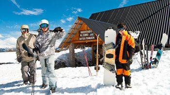 cuanto cuesta esquiar en villa pehuenia moquehue