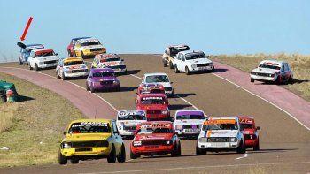 Los R-12 serán una de las cinco categorías que correrá esta tarde su final en el autódromo General San Martín.