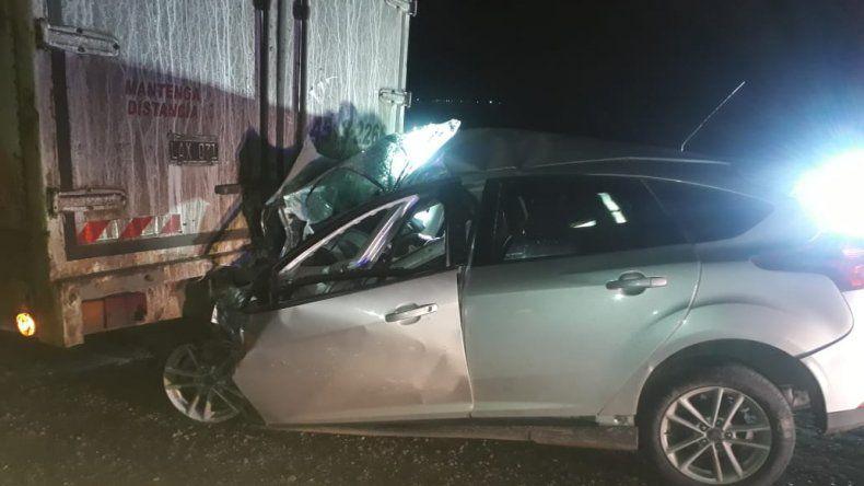 Murió instantáneamente tras impactar la parte trasera de un camión en Ruta 3