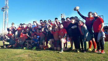 El Deportivo Portugués brilló en el torneo Oficial de rugby con la consagración de cuatro de sus cinco categorías, una de ellas fue la de M-15.