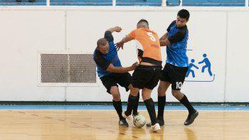 El torneo Apertura de fútbol de salón definió a cuatro campeones en la categoría B y al mismo tiempo los ascensos.