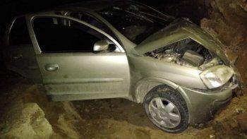 Conductora alcoholizada volcó en el acceso a Madryn