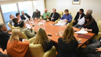 garzonio y tarrio explicaron a diputados la reformulacion de la deuda
