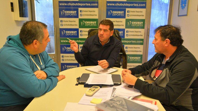 Funcionarios y dirigentes finiquitaron detalles para la llegada del Nacional de Futsal.