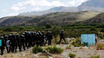 Un jefe policial va a juicio por el desalojo en el Pu Lof Resistencia Cushamen