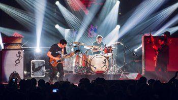 Divididos lanzó su primer tema nuevo en nueve años