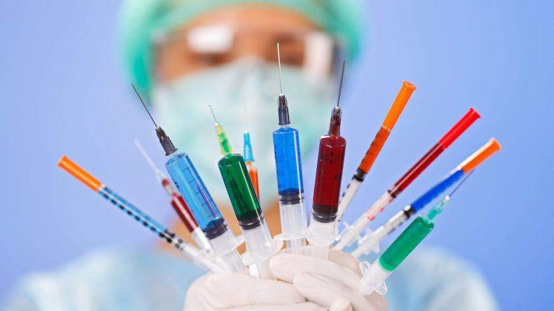 Nación admitió que bajó la compra de vacunas