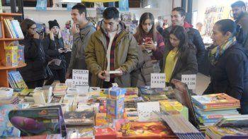 Este es el cronograma de la Feria del Libro para este martes