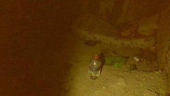 Solicitan ayuda para un joven que vive en una cueva en Km 5
