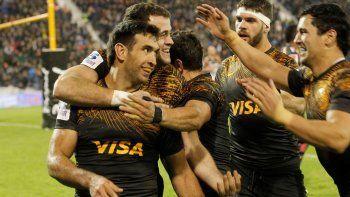 Los Jaguares jugarán en la madrugada de mañana su primera final del Super Rugby y sueñan con dar el golpe lejos de casa.