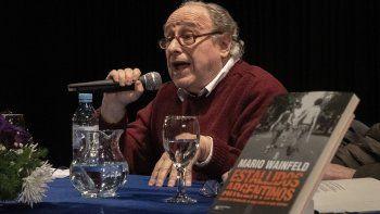Mario Wainfeld durante la presentación de su libro en el Centro Cultural.