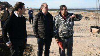 El municipio entregó fondos al club El Pique para terminar la construcción de su sede