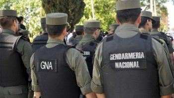 Un gendarme acribilló a tiros a un adolescente