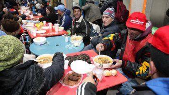 22 clubes abrieron sus puertas para gente en situacion de calle