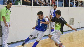 UOCRA Comodoro y Lanús disputan la primera final del Apertura de futsal