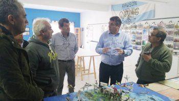 Ministro y veteranos debatieron la mejor forma de desarrollar una política que mantenga en agenda el tema Malvinas.