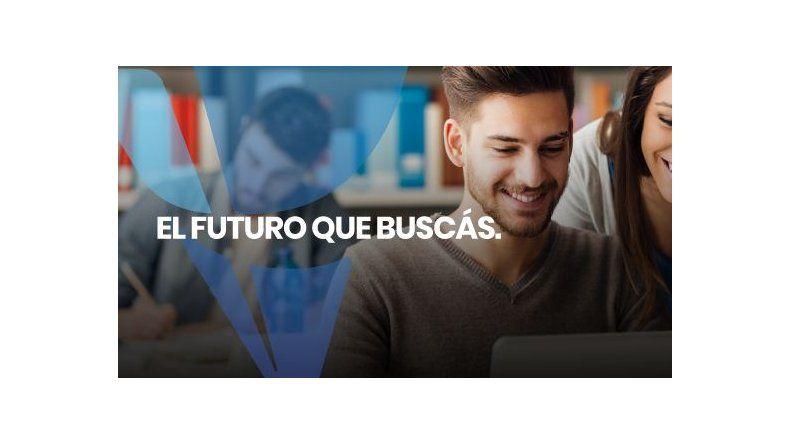 Consultar Group suma graduados y amplía su oferta educativa