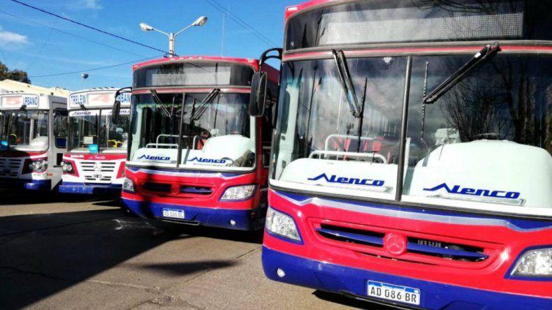 En Trelew continuarán sin transporte urbano hasta el lunes