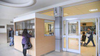 A raíz de las medidas de fuerza, en el Hospital Regional solo funcionan guardias mínimas.