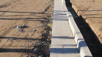 pavimento y cordon cuneta a dos  barrios historicos