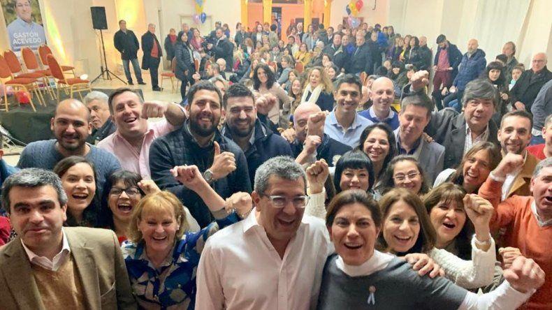 Los precandidatos de Juntos por el Cambio lanzaron su campaña en la Asociación Helénica.
