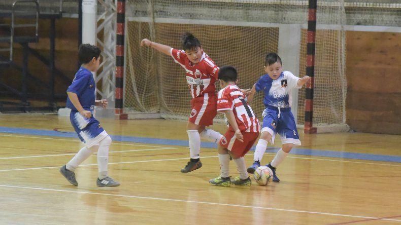 El fútbol de salón promocional desplegó su acción entre sábado y domingo.