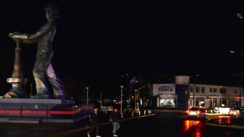 El prologado apagón en Caleta Olivia comenzó a mediodía y se extendió por más de ocho horas.