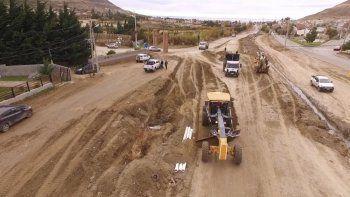 El desarrollo de los trabajos para habilitar la circulación en la avenida.
