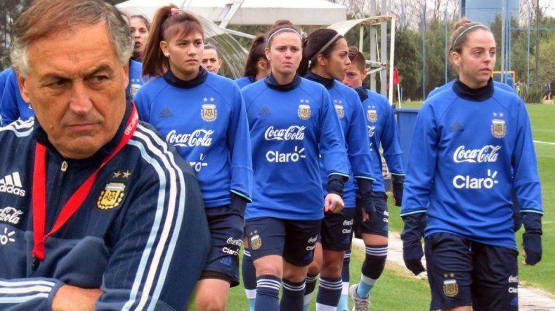 Borrello explicó por qué dejó afuera a las figuras de la Selección femenina