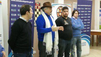 Juan Pablo Luque, Othar Macharashvili, Lucas Rivas y Andrés Aguilar durante la entrega de subsidios por parte del municipio.