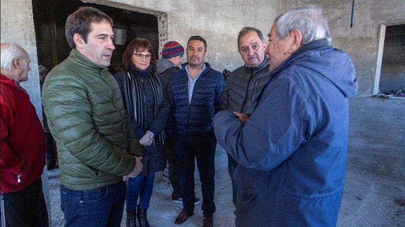 Municipio acompaña la ejecución de la sede propia del Centro de Jubilados Roca