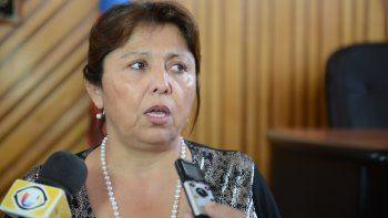 Navarro dijo que la están difamando con el reclamo de soldados continentales porque a su marido no le comprendería los beneficios.