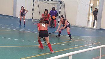 Comodoro RC venció 2-1 a Deportivo Portugués en uno de los partidos de Primera Damas.