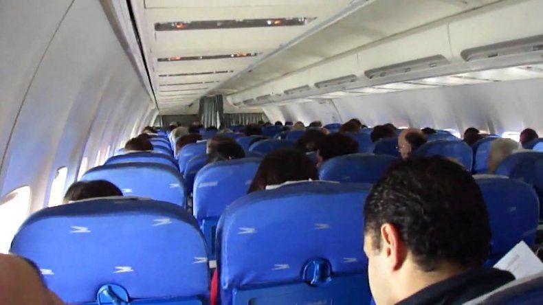 Los pilotos no dejarán de leer su mensaje en los vuelos