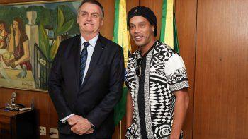 Ronaldinho Gaúcho al borde del abismo