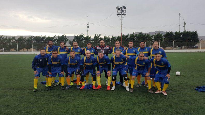 El equipo de Talleres de la categoría Senior A que empató 2-2 con Estrella Blanca.