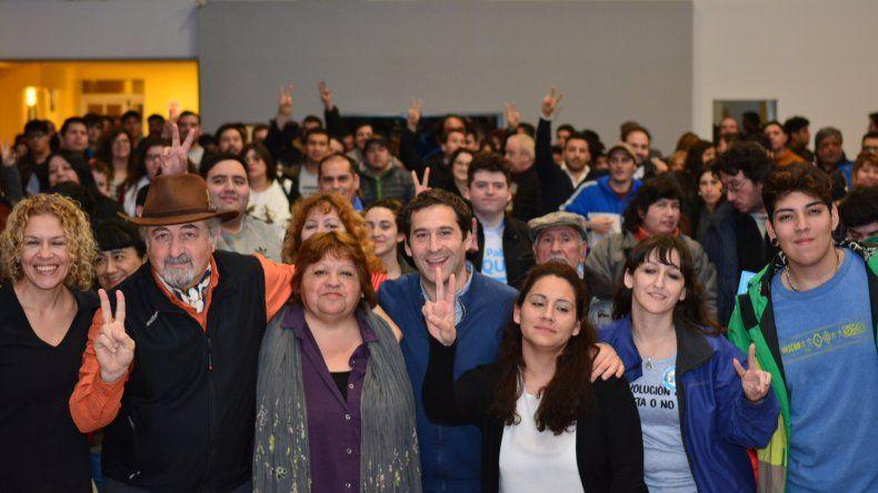 Juan Pablo Luque prosigue su campaña junto a su candidato a vice