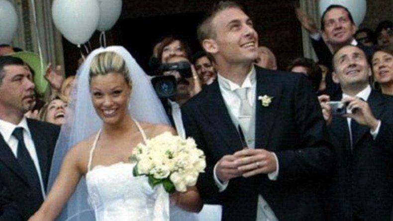 Foto: Un joven Daniele De Rossi en el casamiento que lo unió a Tamara Pisnoli.