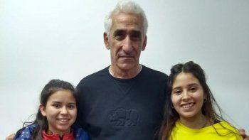 Las dos entrenadoras de Calafate RC que fueron a capacitarse a Buenos Aires junto a Marcelo Garrafo, ex DT de Las Leonas.