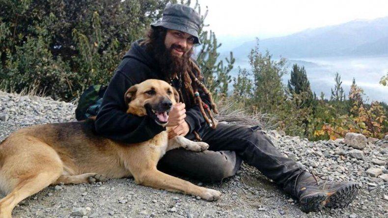Santiago Maldonado desapareció el 1 de agosto de 2017 y su cuerpo fue encontrado el 17 de octubre de ese año en el río Chubut.