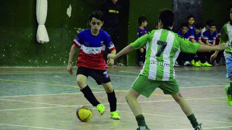 Todo está listo para que mañana arranque en Laprida una nueva edición del torneo de fútbol infantil Petrolito.