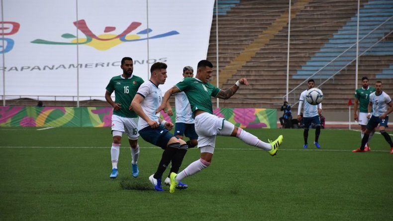 La selección argentina perdió con México y el domingo se jugará la clasificación ante Panamá.